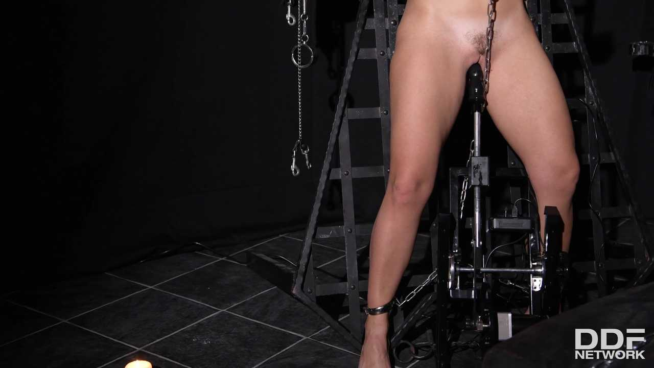 BDSM Chamber of Chains